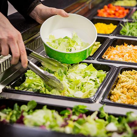 Salaattibuffet fiiliskuva
